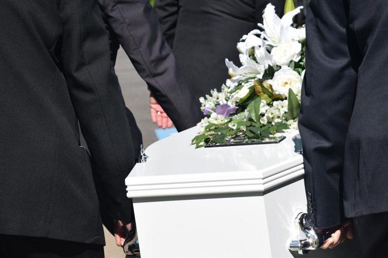 Zakład pogrzebowy pomoże nam w wielu przypadkach
